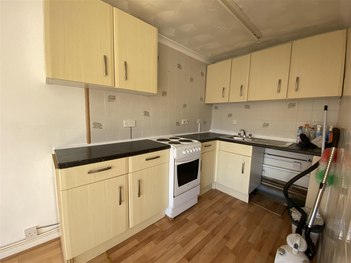 Brunel Court, Walter Road, Swansea, SA1 5RS